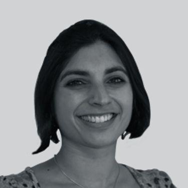 Medela Expert Priya Tew