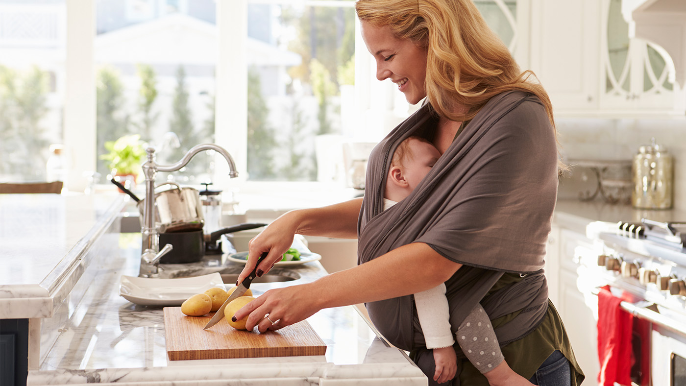 Диета кормящей матери: первый месяц